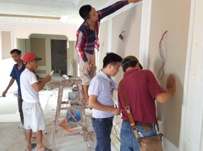 Giám đốc Luxury Palace kiểm tra công trình biệt thự pháp Lạng Sơn